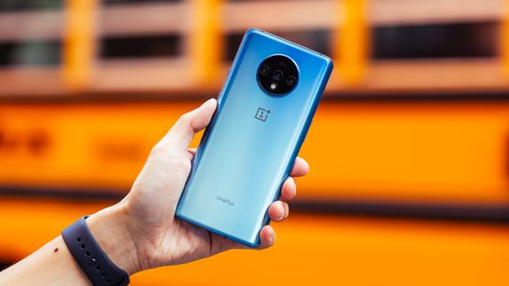 OnePlus 7T review: Premium features for less